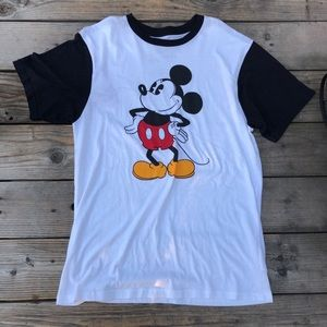 Vans white T-shirt, with Mickey Mouse